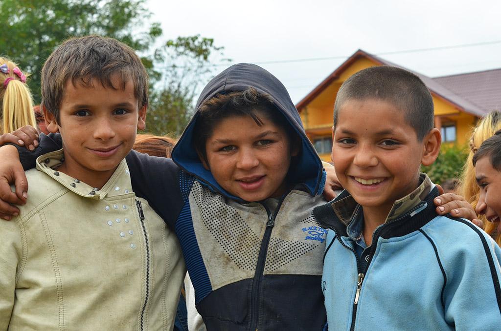 Tre unge gutter fra Onesti, Romania