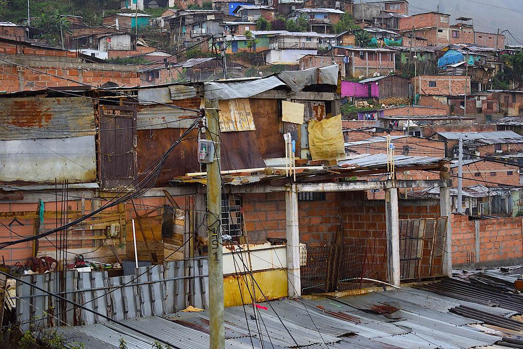 Fattig boligområde i Granizal