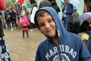 Foto gutt fra landsby ved Onesti.